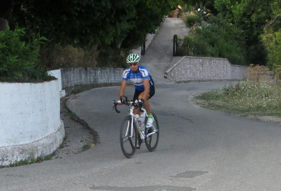 2013_08_Karpenisi-bike